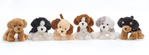 Dog cuddly toy, 18 cm in the group Characters  / Children in the noisy village at Astrid Lindgrens Värld (7331626122108)
